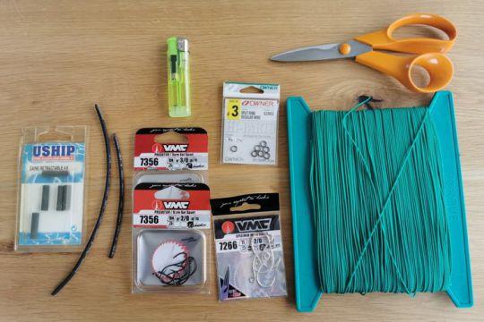 Assist hook pour la pêche à la mer avec des jigs