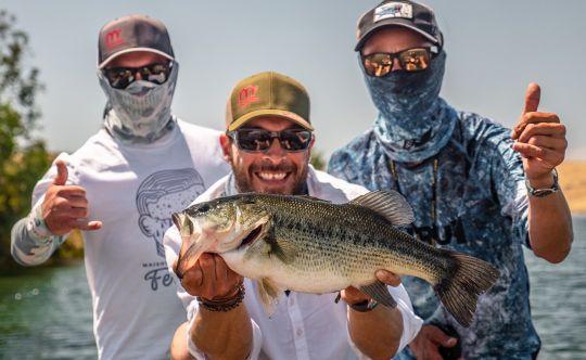 Joli black bass d'Estrémadure pris lors d'un séjour entre amis chez Extremadura Monsters