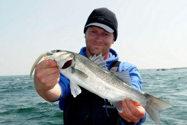 Durant une pêche entre amis, il y a toujours un pêcheur plus heureux que les autres. Ce jour-là, c'était Clément.