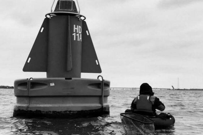 Sans moteur électrique la pêche est vraiment trés limitée voir dangeureuse sur les grands plans d'eau