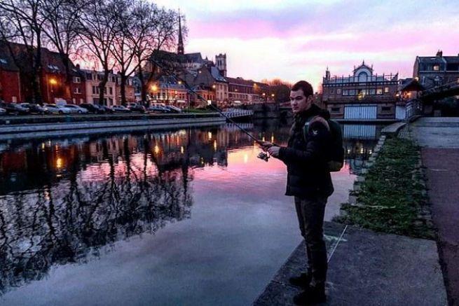 Pêche des carnassiers au leurre en ville