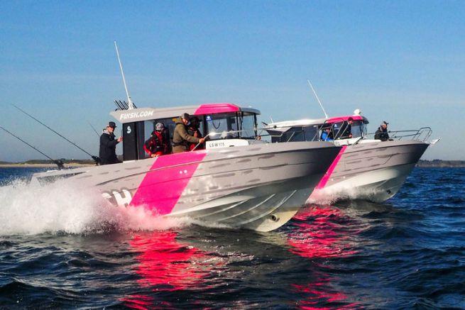 L'équipe Fiiish et le célèbre Black Minnow sont très impliqués sur le Barracuda en mer ainsi qu'à terre.